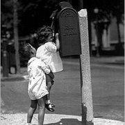 The Mailbox, Vykort