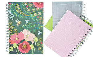 Pink Hay, Spiralbunden Anteckningsbok, 80 sidor